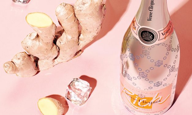 Champagne  on  the  rocks  is  the  drink  of  the  summer