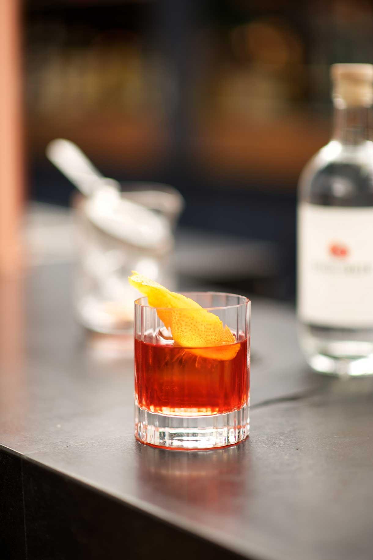 SAgroni-gin-cocktail